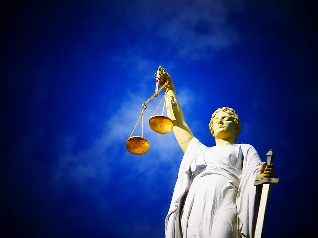 justice-2071539_640