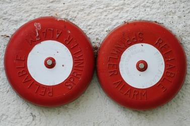 fire-detector-1502143_1920