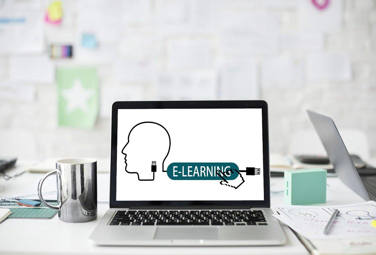 e-learning-3734521_1280